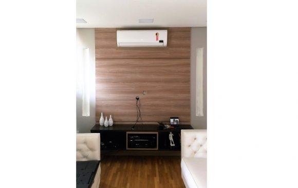 Painel TV e Ar Condicionado
