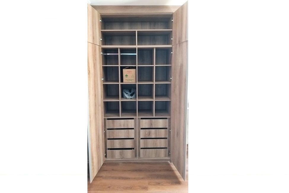 Qto Closet 04
