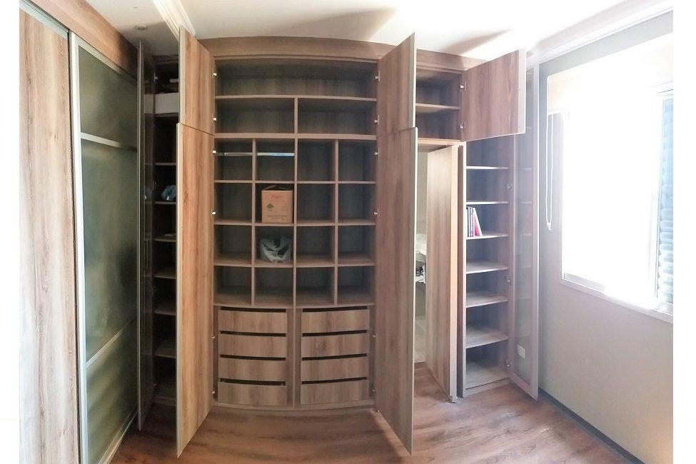 Qto Closet 05