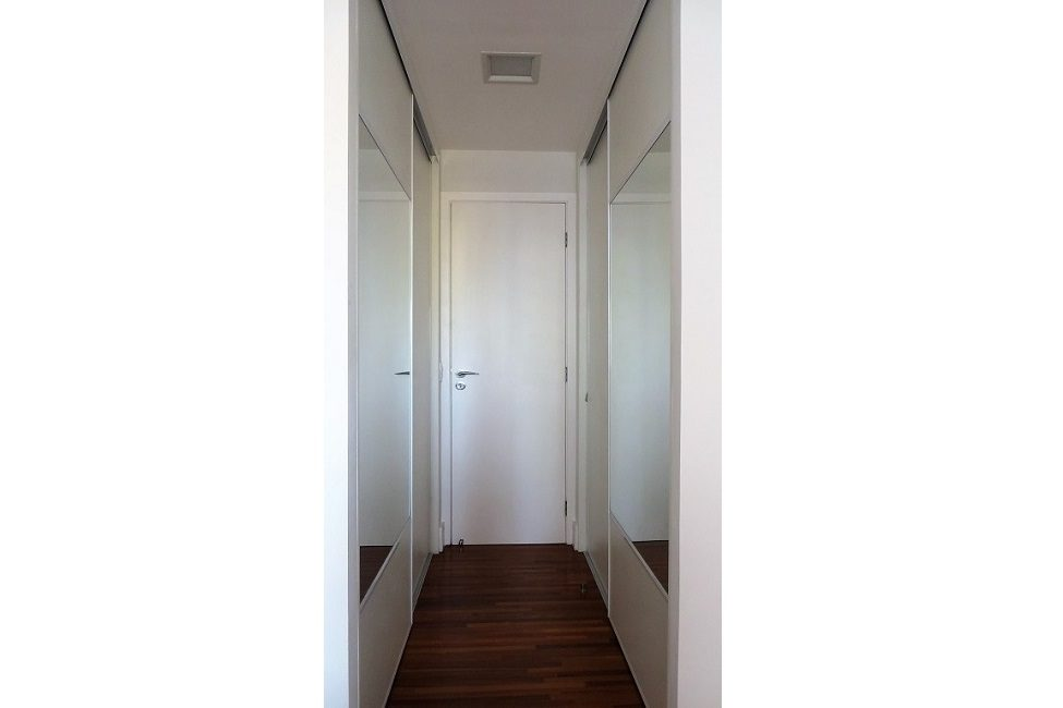armário closet corredor 01