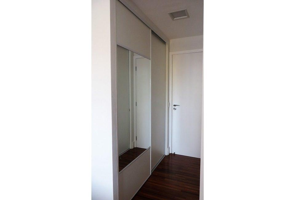 armário closet corredor 02