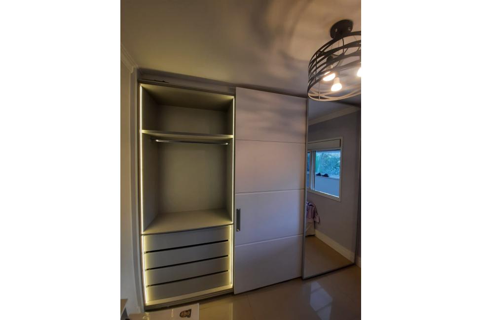 armario-iluminado01