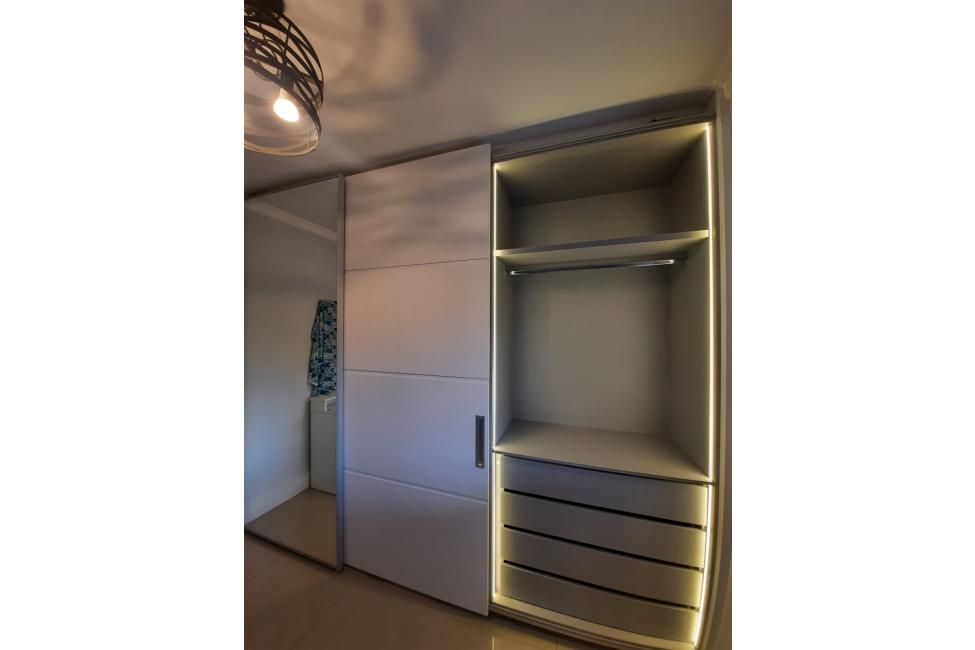 armario-iluminado02